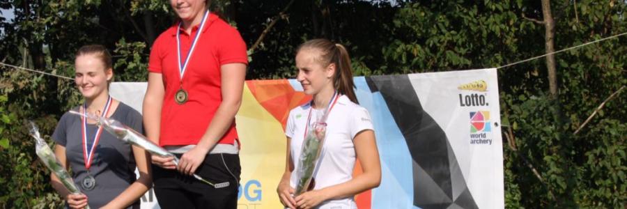 Janna van de Sanden wint zilver op NK Outdoor voor junioren